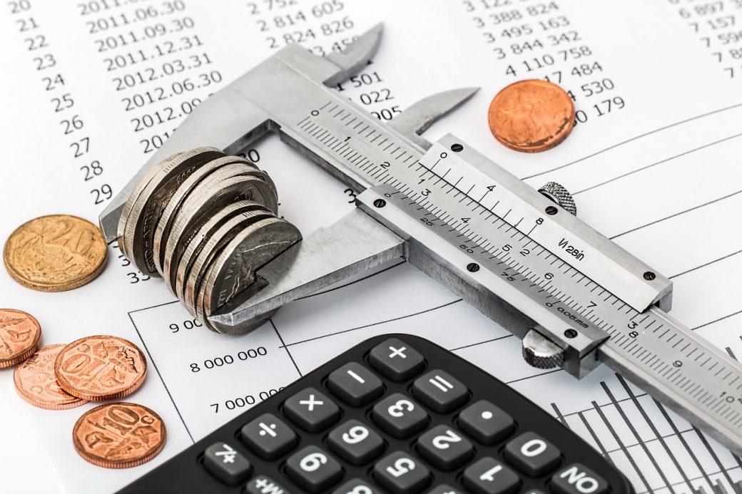Obliczanie dochodu z konta oszczędnościowego