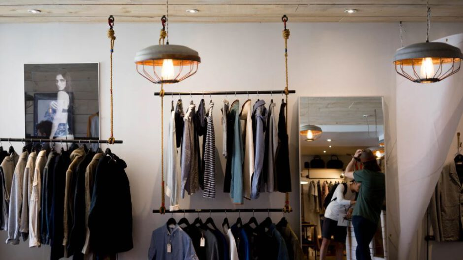 meble do sklepu odeieżowego
