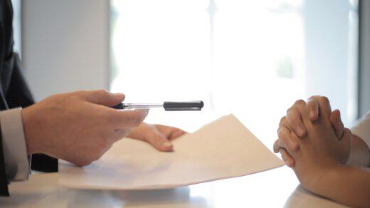 podpisywanie dokumentów do pożyczki