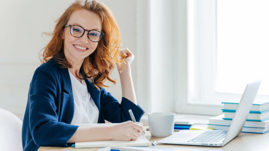 kobieta zakładająca firmę